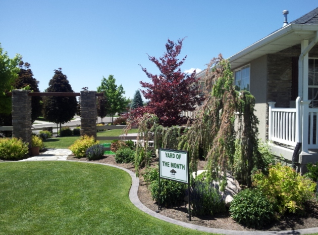 The Bybee Family - Yard of the Month - June 2013