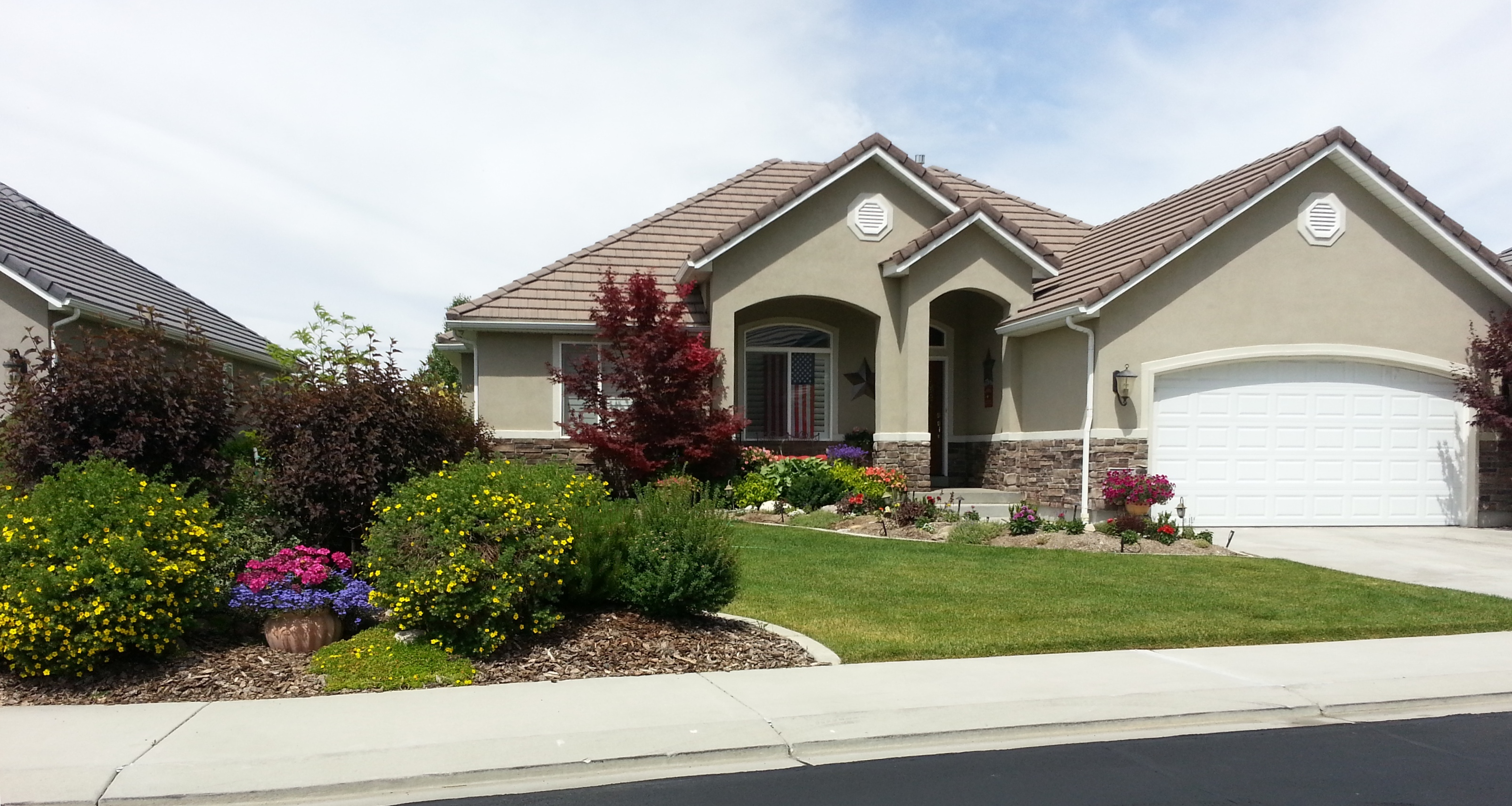 The Rodabough Family - Yard of the Month - June 2013